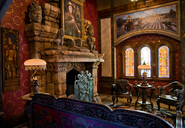 Disney 39 s twilight zone tower of terror going magical for Interieur hotel disney
