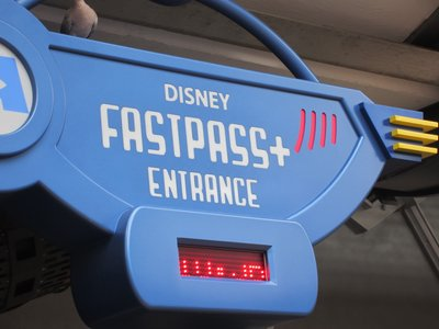 WDW Fast Pass Entrance image